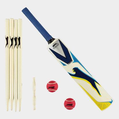 Slazenger V1000 Cricket Set