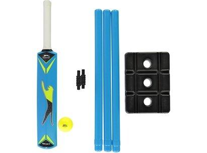 Slazenger V900 Plastic Cricket Set