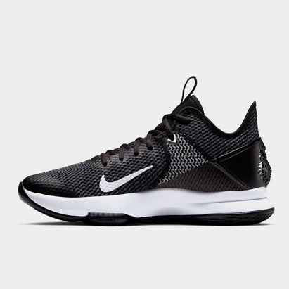 Nike Witness 4 Basketball Shoe