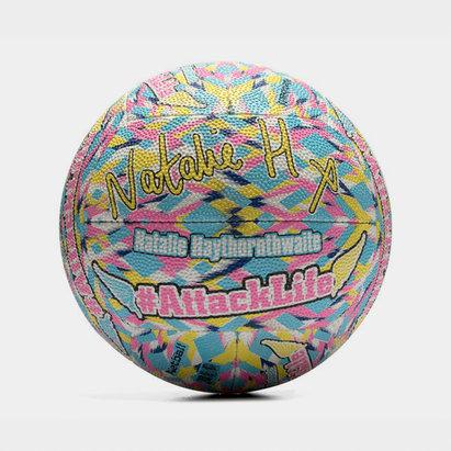 Gilbert Natalie Haythornwaite Signature Netball.