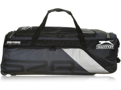 Slazenger V130 Wheelie Cricket Bag