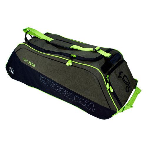Pro 2500 Wheelie Cricket Bag