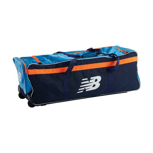 DC 680 Wheelie Cricket Bag
