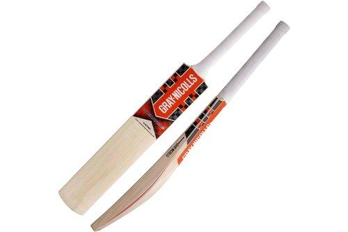 2018 Predator3 4 Star Cricket Bat