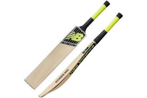 2018 DC880 Junior Cricket Bat