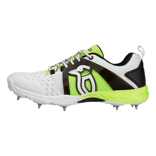 2018 KCS 2000 Spike Cricket Shoes - Senior